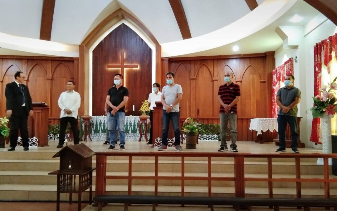 Churches adapt to 'new normal' in Philippines